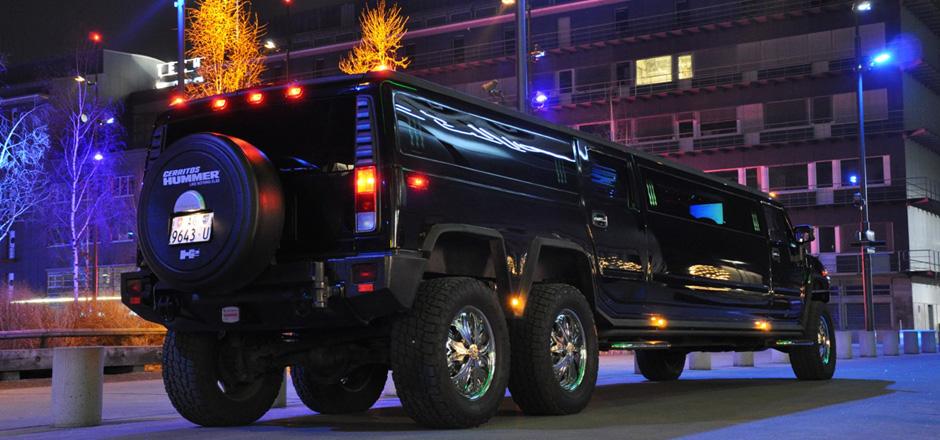 hummer h2 mit 3 achsen hummer limousine mieten in z rich. Black Bedroom Furniture Sets. Home Design Ideas